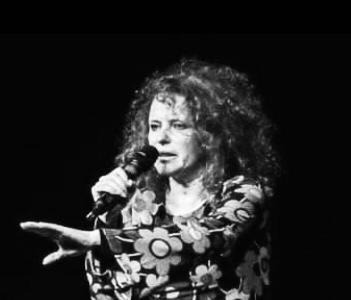 Idee Nello Spazio - Teatro Lo Spazio - Via Locri, 42 - Rosanna D'Andrea